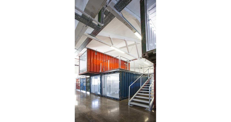roa-arquitectura-sostenibilidad-oficinas-contenedores 06