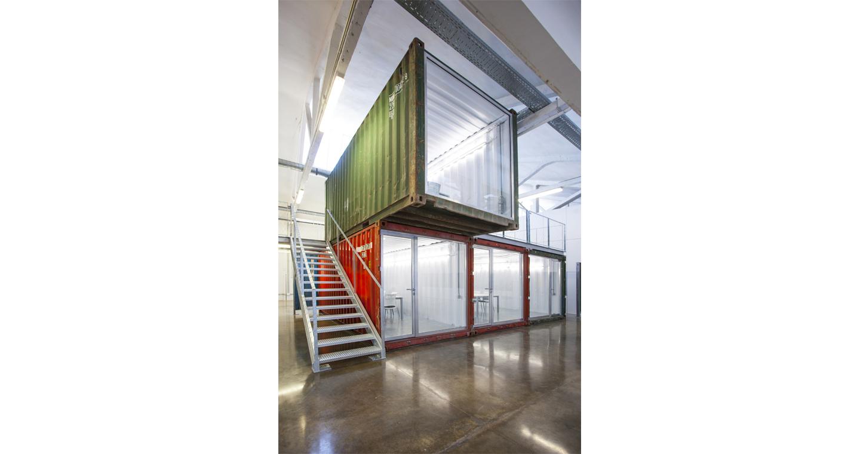 roa-arquitectura-sostenibilidad-oficinas-contenedores 07